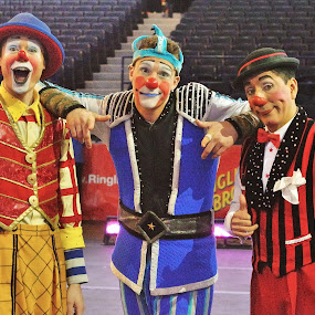 Clown Trio by Stephen Beatty - News & Events Entertainment