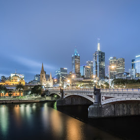 Pinces Bridge, Melbourne by Zubair Aslam - City,  Street & Park  Night ( melbourne, princes bridge, melbourne city, long exposure, night, bridge, princes, , city at night, street at night, park at night, nightlife, night life, nighttime in the city )