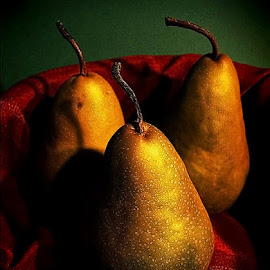 by Robert Daveant - Food & Drink Fruits & Vegetables (  )