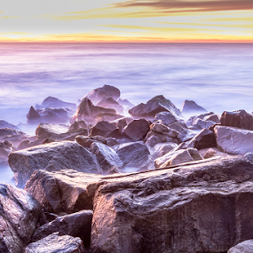 Misty rocks by Tempo Cativo Paulo Borges - Landscapes Beaches ( praia, rochas: rocks, fotografia, pedras, andré borges, photo, photography, exposição, misty rocks, névoa, esposende, mar, tempo cativo, foto, misty )