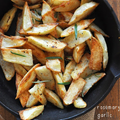 Crispy Baked Rosemary Garlic Fries