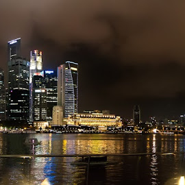 Singapore by night by Ian Mills - City,  Street & Park  Skylines ( panorama, singapore )