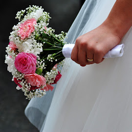 BOUQUET by Paula Guerra - Wedding Details ( bouquet, details, wedding, bride, flowers )