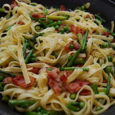 Fettuccine With Peas, Asparagus and Pancetta
