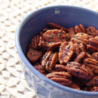Sweet & Spicy Pecans with Black Sesame Seeds