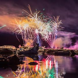 Jökulsárlón 2014 - 1 by Palmi Vilhjalmsson - Abstract Fire & Fireworks ( south east iceland, iceland, annual event, breiðamerkursandur, jökulsárlón, fireworks )