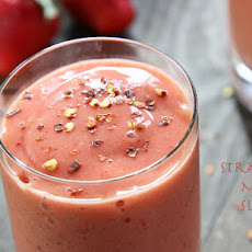Spicy Strawberry-Banana Mango Slushers