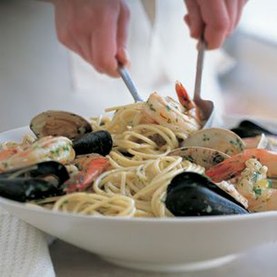 Spaghetti with Mixed Seafood
