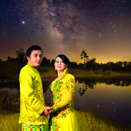 Indah dan Yuanda by Budy Siders - People Couples
