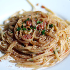 Dinner Tonight: Linguine with Heirloom Tomato, Capers, Anchovies, and Chile