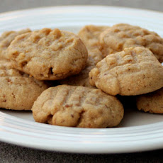 Low Calorie and Fabulous Peanut Butter Cookies