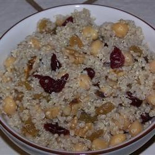 Garbanzo Bean and Quinoa Salad