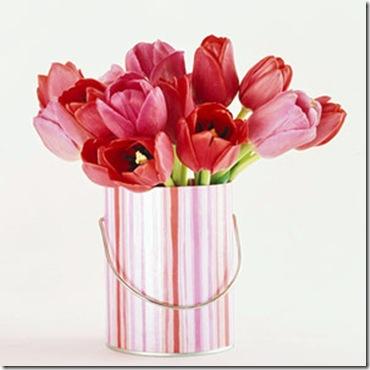 http://lh4.ggpht.com/kabloomofsandysprings/R76lf17e3GI/AAAAAAAAAuU/7fjQ6iRKzos/paint+bucket+bhg_thumb