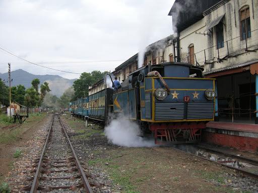 Nilgiri express Mettupalayam Ooty