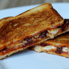 Grilled Cheese Sandwich with Sun-Dried Tomatoes and Harissa jkla