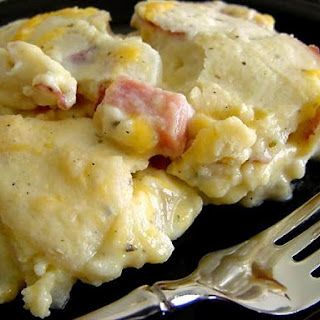 Cheesy Scalloped Potatoes and Ham