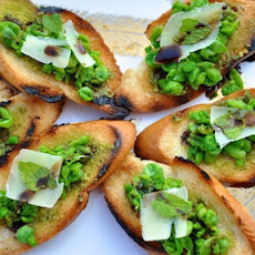 Pea + Mint Crostini