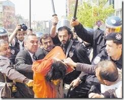 polis iskence2008