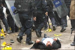 vanpolissaldirifasizm