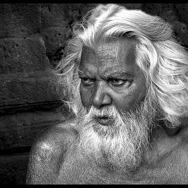The old man by Prasanta Das - People Portraits of Men ( old, whitr, beard, hair, man )