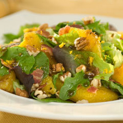Balsamic Oranges With Pecans On Mixed Greens