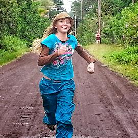 Running by Melissa Keller - Babies & Children Children Candids ( iselle, run, race, hurricane, hawaii, cinder road,  )
