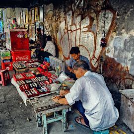 by J W - City,  Street & Park  Street Scenes ( Urban, City, Lifestyle )