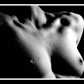 Water Drops 3 by Marc Steiner - Nudes & Boudoir Artistic Nude