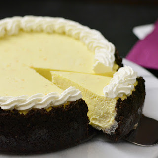 Ricotta Cheesecake with Chocolate Cookie Crust