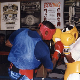 David Defiagbon sparring. by Stephen Jones - Sports & Fitness Boxing