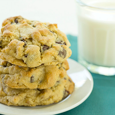 Levain Bakery Chocolate Chip Cookies (Copycat Recipe)