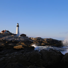 Portland Light Head by Victor Mirontschuk - Landscapes Travel ( portland, maine, lighthouse, travel,  )