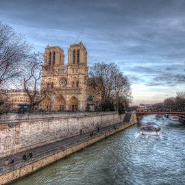 notre dame encore by Ben Hodges - City,  Street & Park  Historic Districts ( paris, europe, notre dame, hdr, france, travel )