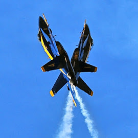 That's Close! by Athletes Focus - Transportation Airplanes ( f-18, hornet, navy, jet, us navy, blue angels,  )