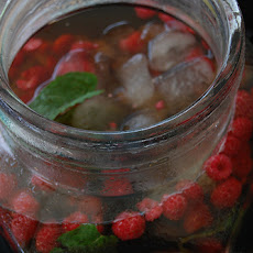 Raspberry Mint Iced Tea   Hic-Up!