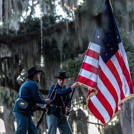 Union take Fort McAllister by Mike Watts - News & Events US Events ( fort mcallister, 1800's, civil war, people )