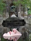 Jardines de Luxemburgo escultura en el estanque