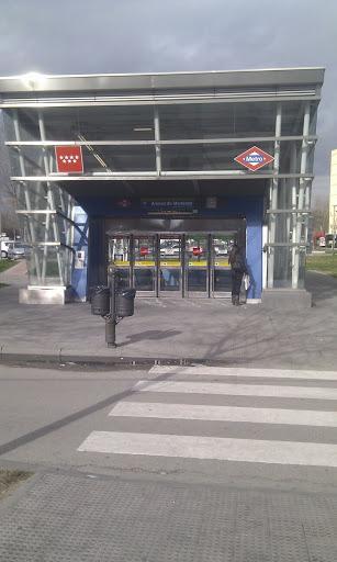 Alonso De Mendoza Metro Station