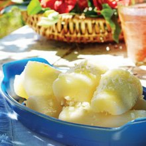 Yuca with Garlic Sauce