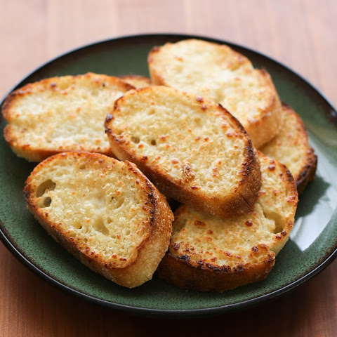 Roasted Garlic Parmesan Bread