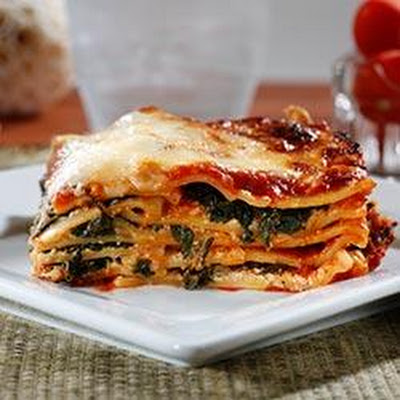 Wavy Lasagna with Meat Sauce, Fresh Ricotta and Spinach