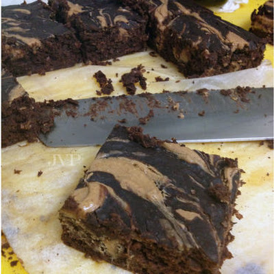 Black Bean Brownies with peanutbutter swirl (GF)