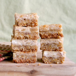 Apple Pie Cheesecake Bars
