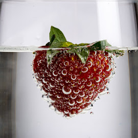 Strawberry soda by Michael Holser - Food & Drink Fruits & Vegetables ( soda, strawberry,  )