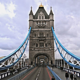 Tower Bridge - Digital Oil by Steven Aicinena - Digital Art Places (  )