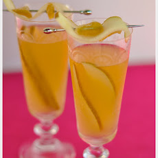 Ginger-Pear Sangria