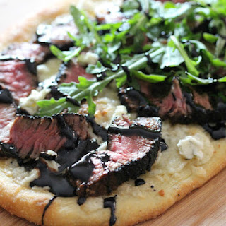 Grilled Steak & Gorgonzola Pizza With Balsamic Reduction