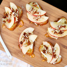 Apple, Brie and Honey Bruschetta