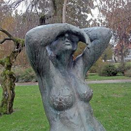 Skulptura,uvijek postojana u svojoj emociji. by Katica Pecigoš-Kljuković - City,  Street & Park  City Parks ( kkoprivnica )