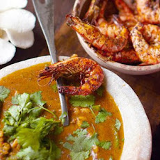 Thai Red Prawn Curry And Papaya Platter Meal